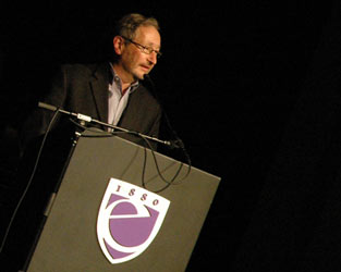 Michael Maso of the Huntington Theatre Company accepting the 2010 StageSource Theatre Hero Award.